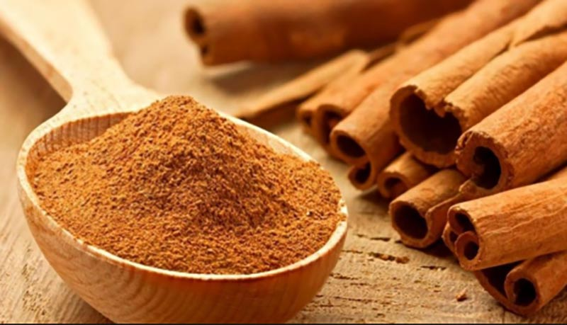 What are the effects of cinnamon?